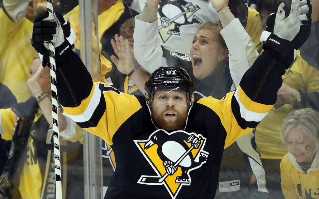 Phil Kessel - USA TODAY Sports Images