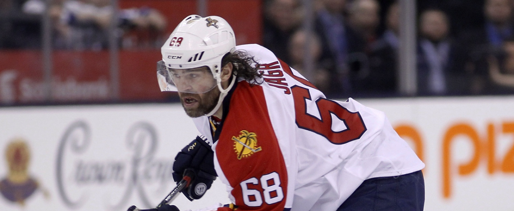 The Contrarian: Can Jagr Play Into His 50s?